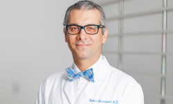 Ramin Roohipour, MD <br> General and Bariatric Surgeon